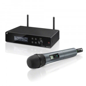 Sennheiser XSW2-865B wireless microphone set