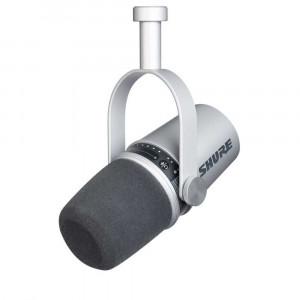 Shure MV7-K Dynamic XLR / USB Podcast Microphone